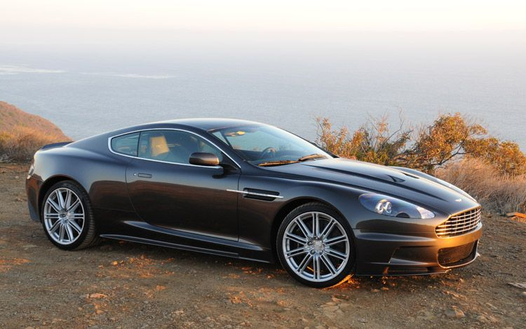 Quantum of Solace Aston Martin DBS V12