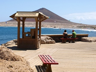 Quiet Resorts With Sandy Beaches In South Tenerife