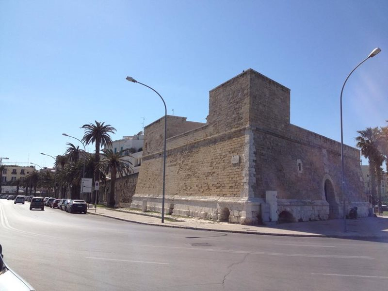 Bari Old city wall