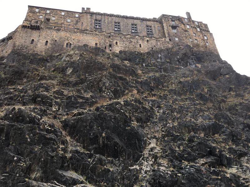 Edinburgh Castle Crag