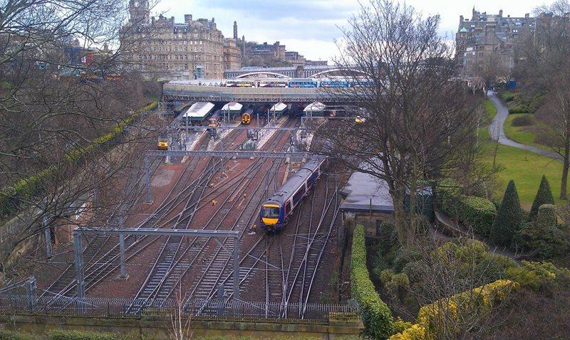 Cheap Car Rental Edinburgh Waverley