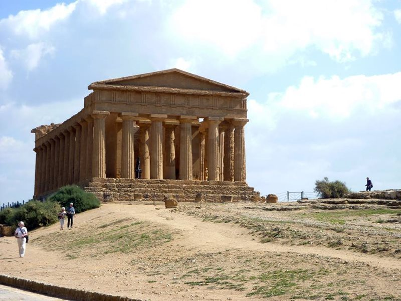 temple of athena near comiso