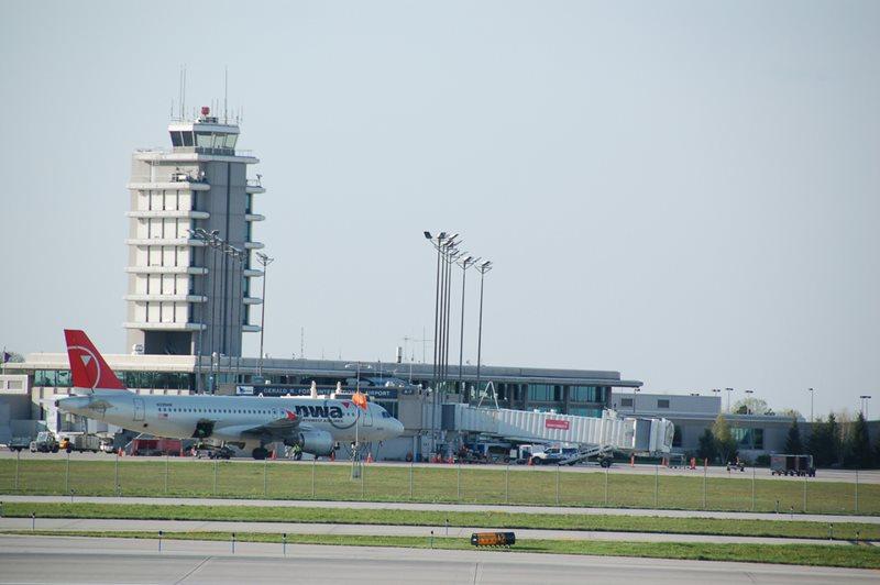 Cheap Car Rental Grand Rapids Airport From Rhino Car Hire
