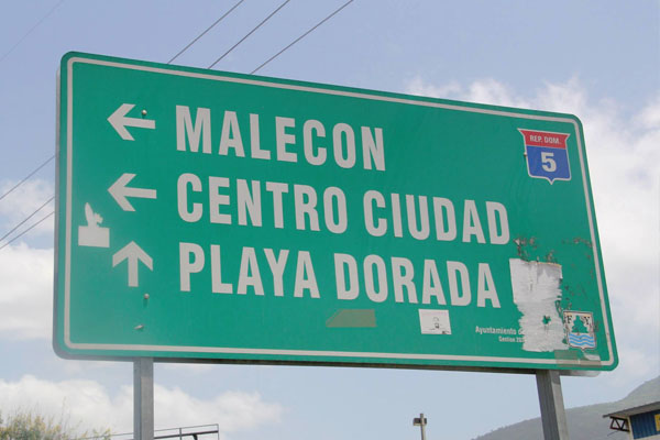 Dominican-Republic-Road-Sign
