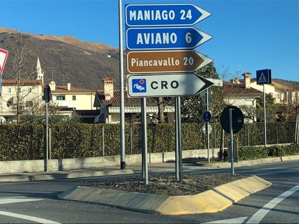 Highway-sign-Italy