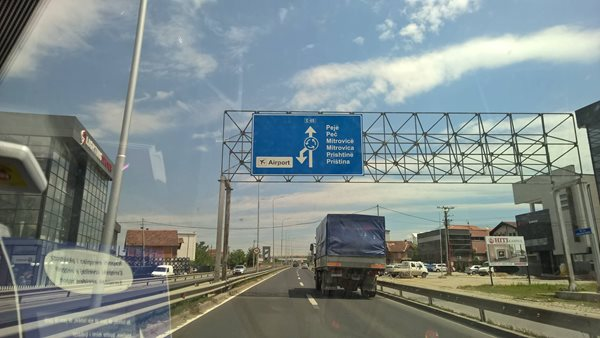 Pristina-road-sign-Kosovo