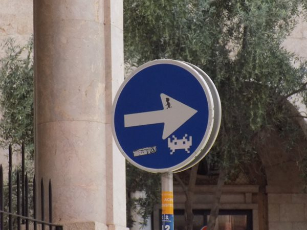 Mallorca-Palma-road-sign
