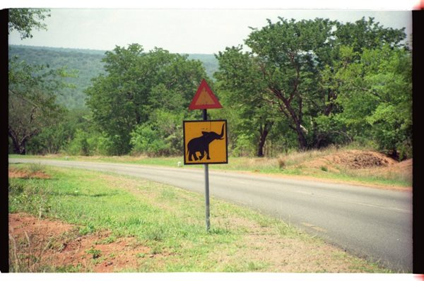 Mozambique-road-sign