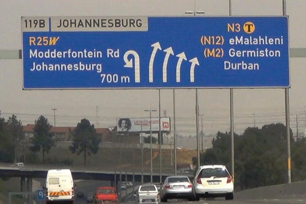 South-Africa-Johannesburg-Motorway-Sign