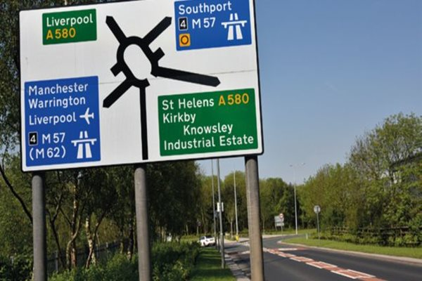 UK-Motorway-Sign-Roundabout