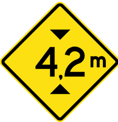 Warning for a limited height - Road Sign