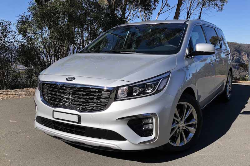 7 seater rental Gold Coast Kia Carnival