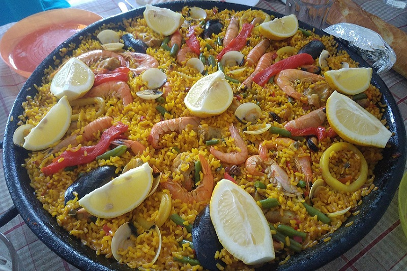 Eat Paella in Valencia