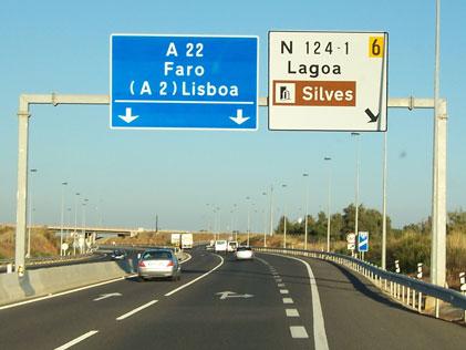 Portugal motorway signs