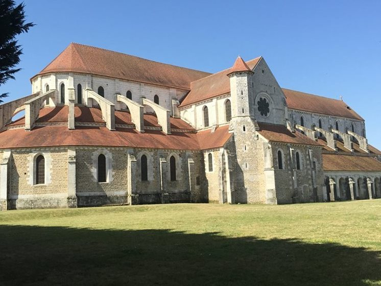 pontigny abbey